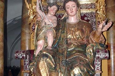 La actual imagen de Nuestra Señora de la Paz llega a la Iglesia Parroquial de Santa Cruz entre finales de […]