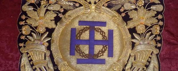El taller de Francisco Carrera Iglesias ha culminado los trabajos de restauración y pasado a nuevo terciopelo, de los bordados de los paños de bocina que preceden al paso del Stmo. Cristo de las Misericordias.