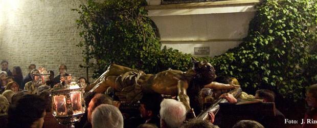 El próximo viernes día 14 de marzo, a las 20,00 horas, y desde la Parroquia de Santa Cruz, solemne y devoto ejercicio del VÍA CRUCIS presidido por la venerada imagen del SANTÍSIMO CRISTO DE LAS MISERICORDIAS.