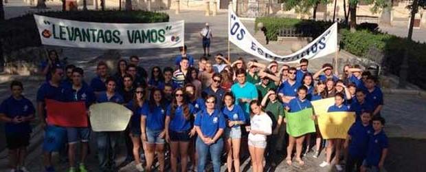 III Encuentro Nacional de Jóvenes de Hermandades y Cofradías. Sevilla – 6, 7, y 8 de noviembre de 2015. www.joveneshermandades.es […]